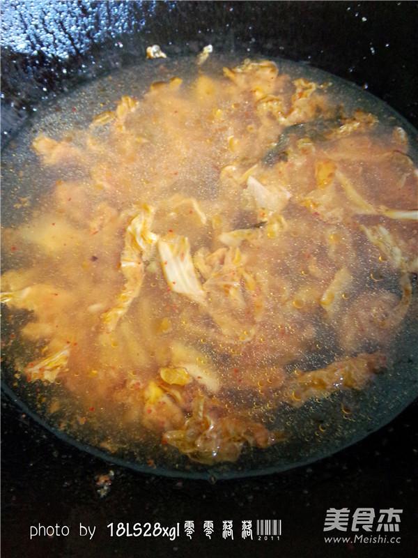 韩式辣白菜丸子汤怎么吃