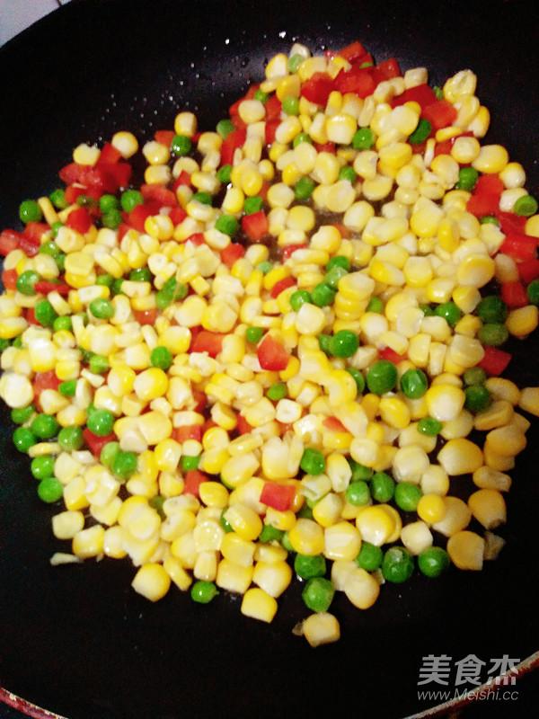 松仁玉米炒豌豆怎么做