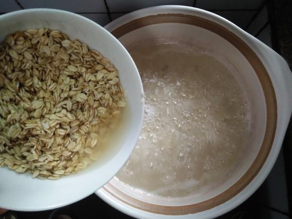 莲子枸杞燕麦片粥的简单做法