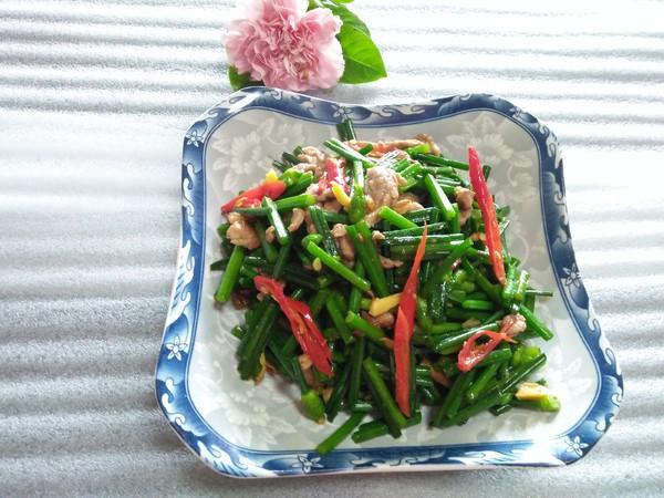 韭菜花红椒炒肉丝怎么吃