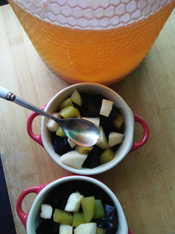 龟苓膏水果蜂蜜怎样做