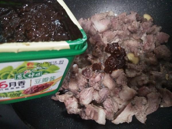 土豆烧牛腩的简单做法