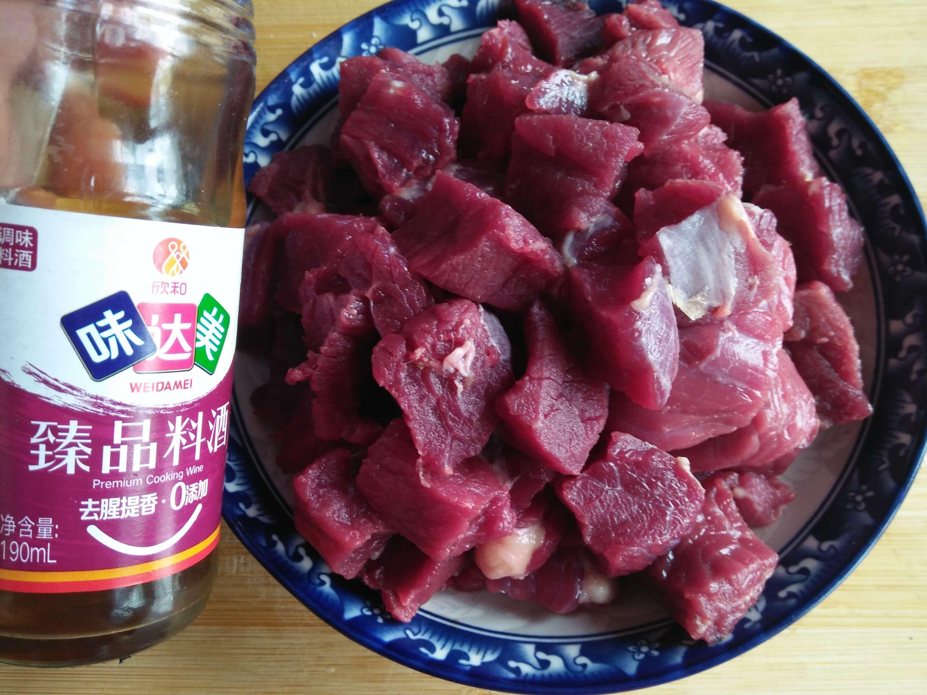 牛肉炖土豆的简单做法