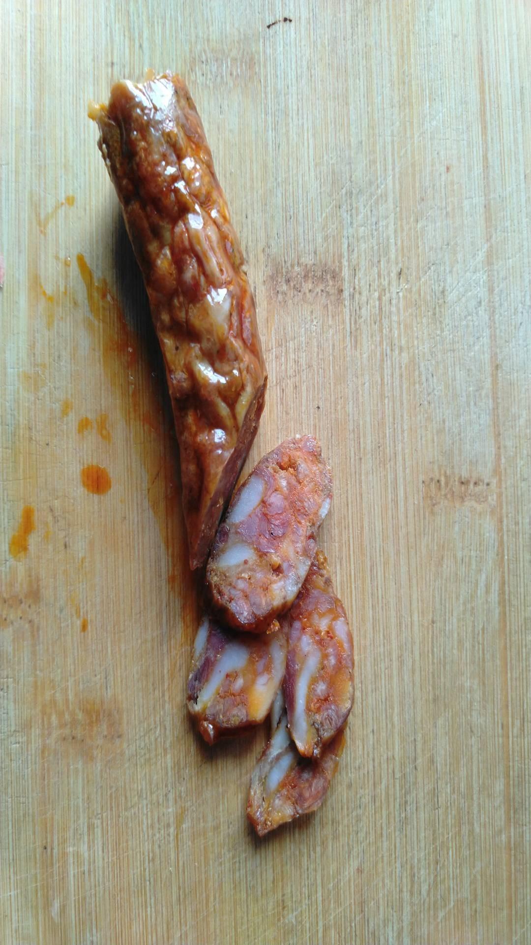 香肠焖谷米饭怎么吃