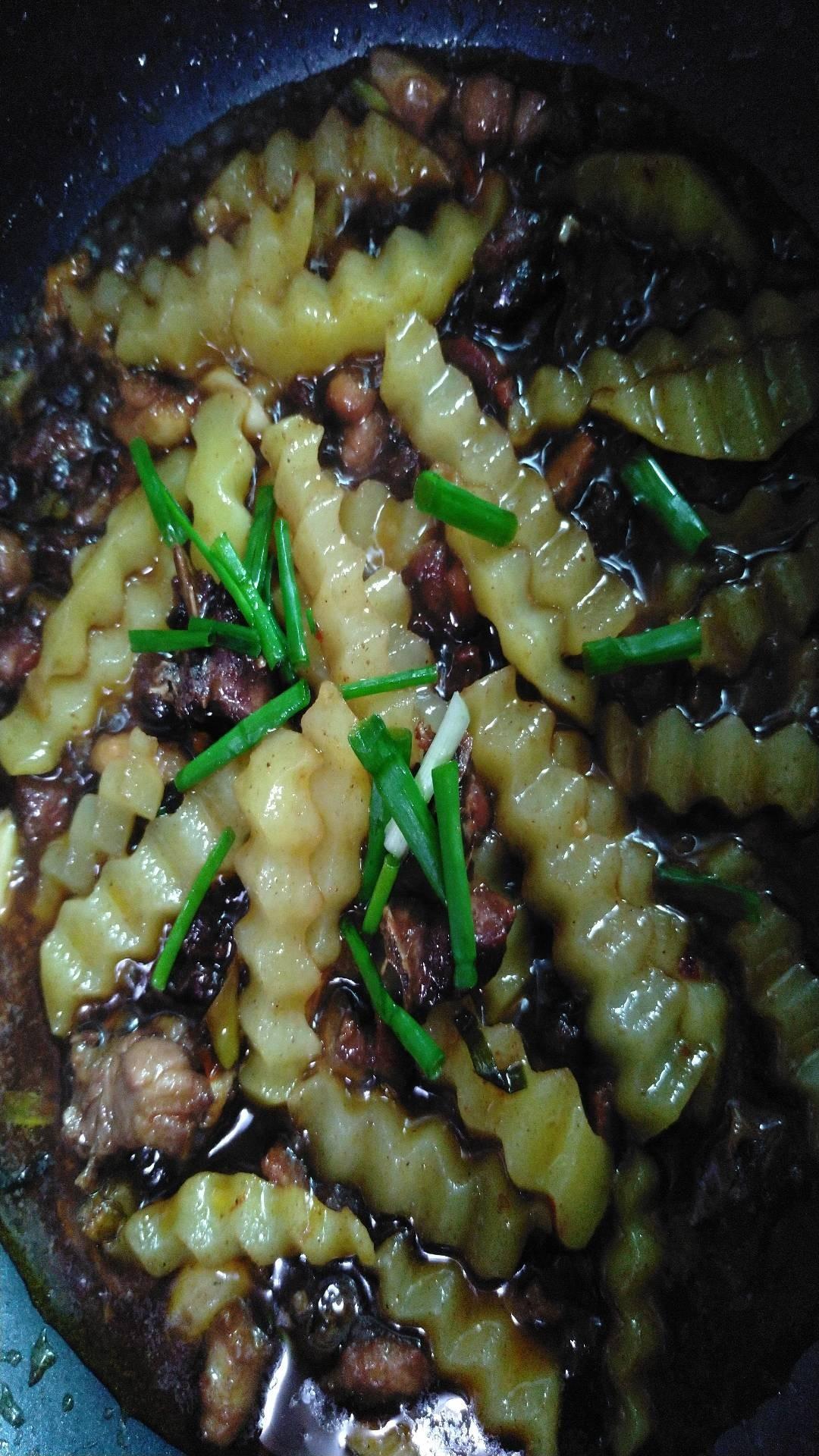 鸭肉香锅怎样炒