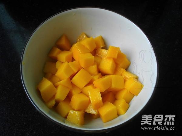 芒果黑糯米糖水怎么吃