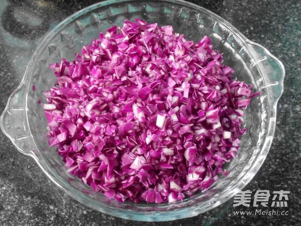 白菜紫甘蓝猪肉饺子的做法图解