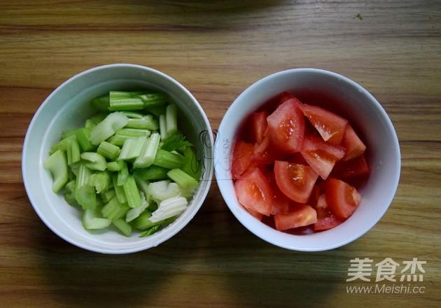 甜菜根牛腩果蔬汤的家常做法