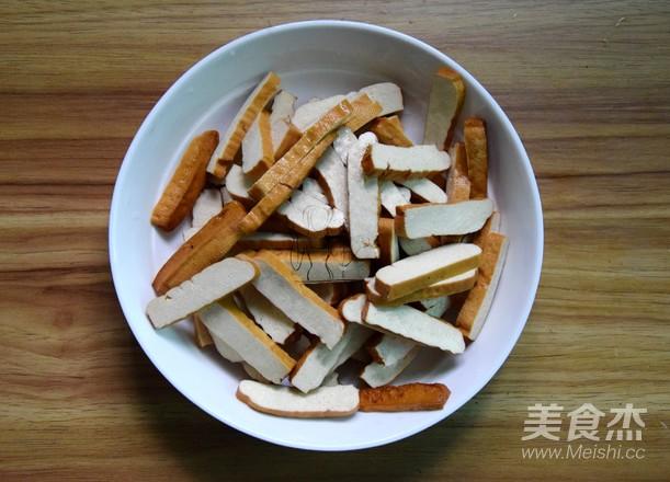 芹菜炒香干的做法图解