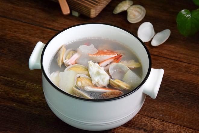 冬瓜双花海鲜汤成品图