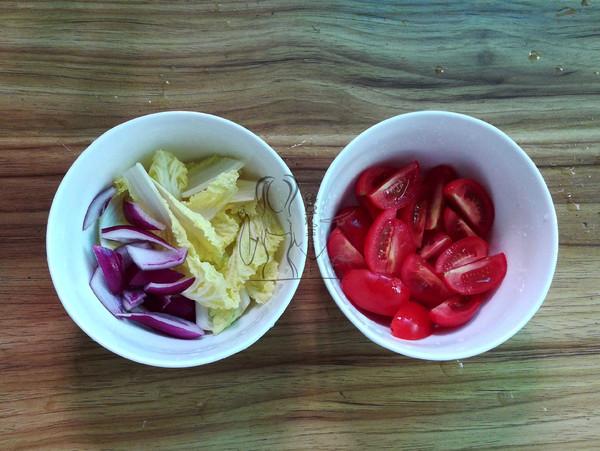 金枪鱼蔬果沙拉的做法图解