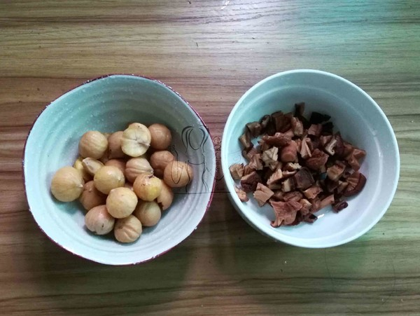 腊肠栗子焖饭怎么吃