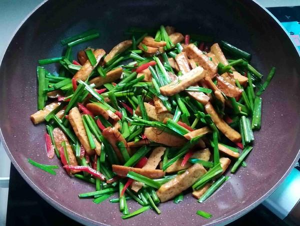 韭菜炒香干怎么炒
