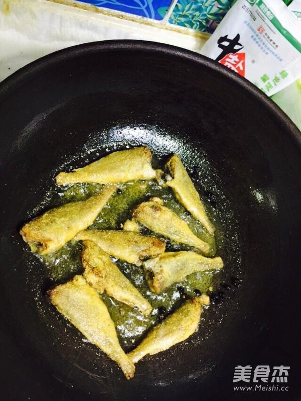 香酥小黄花鱼的家常做法