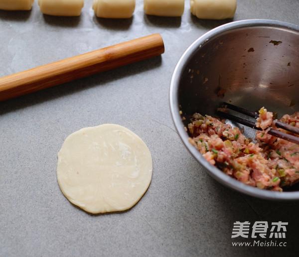 平底锅版榨菜鲜肉月饼怎样炒