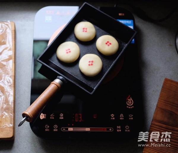 平底锅版榨菜鲜肉月饼的制作