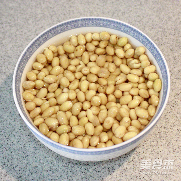 卤煮黄豆的做法图解