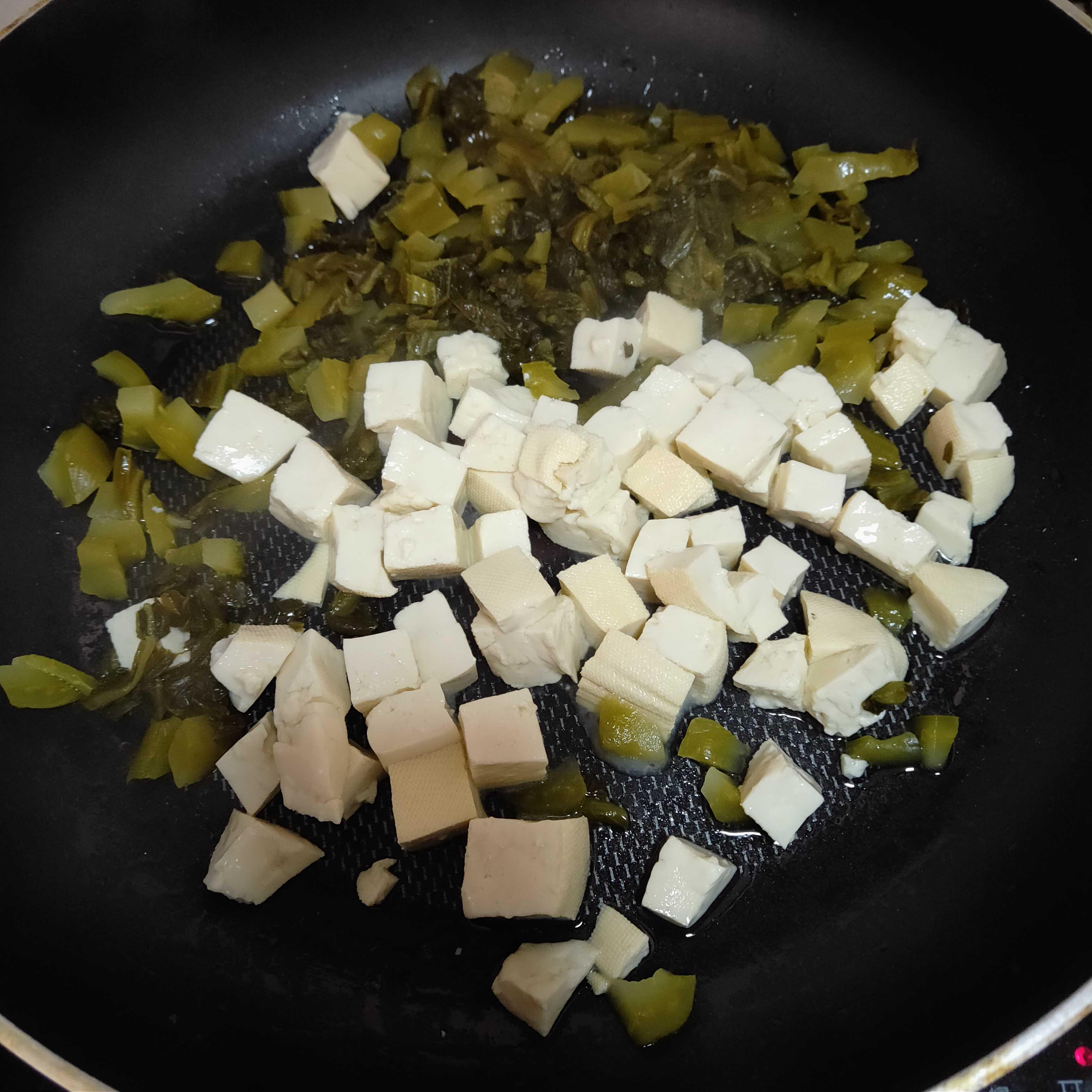 酸菜炒豆腐的做法图解