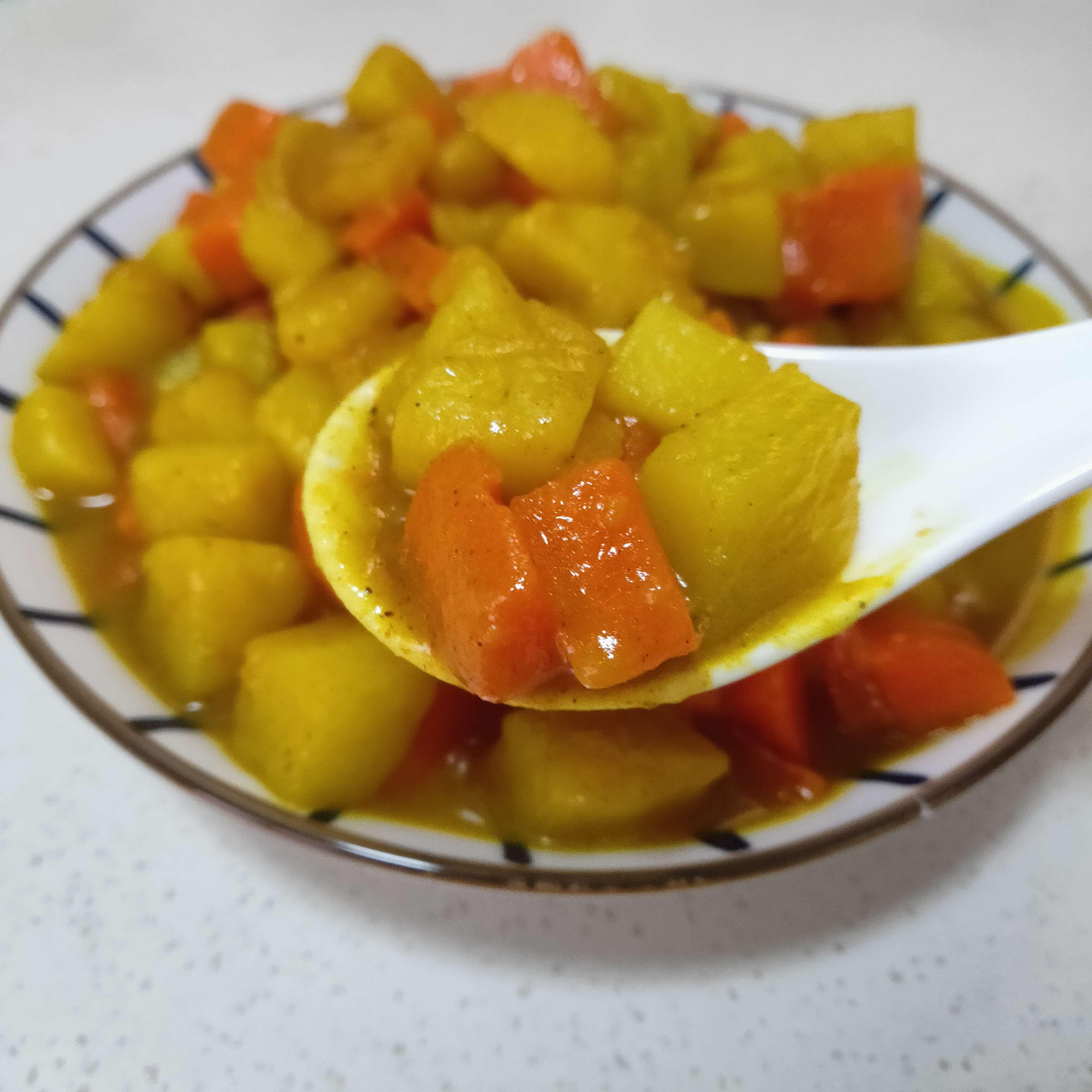 咖喱炖胡萝卜土豆怎么炒