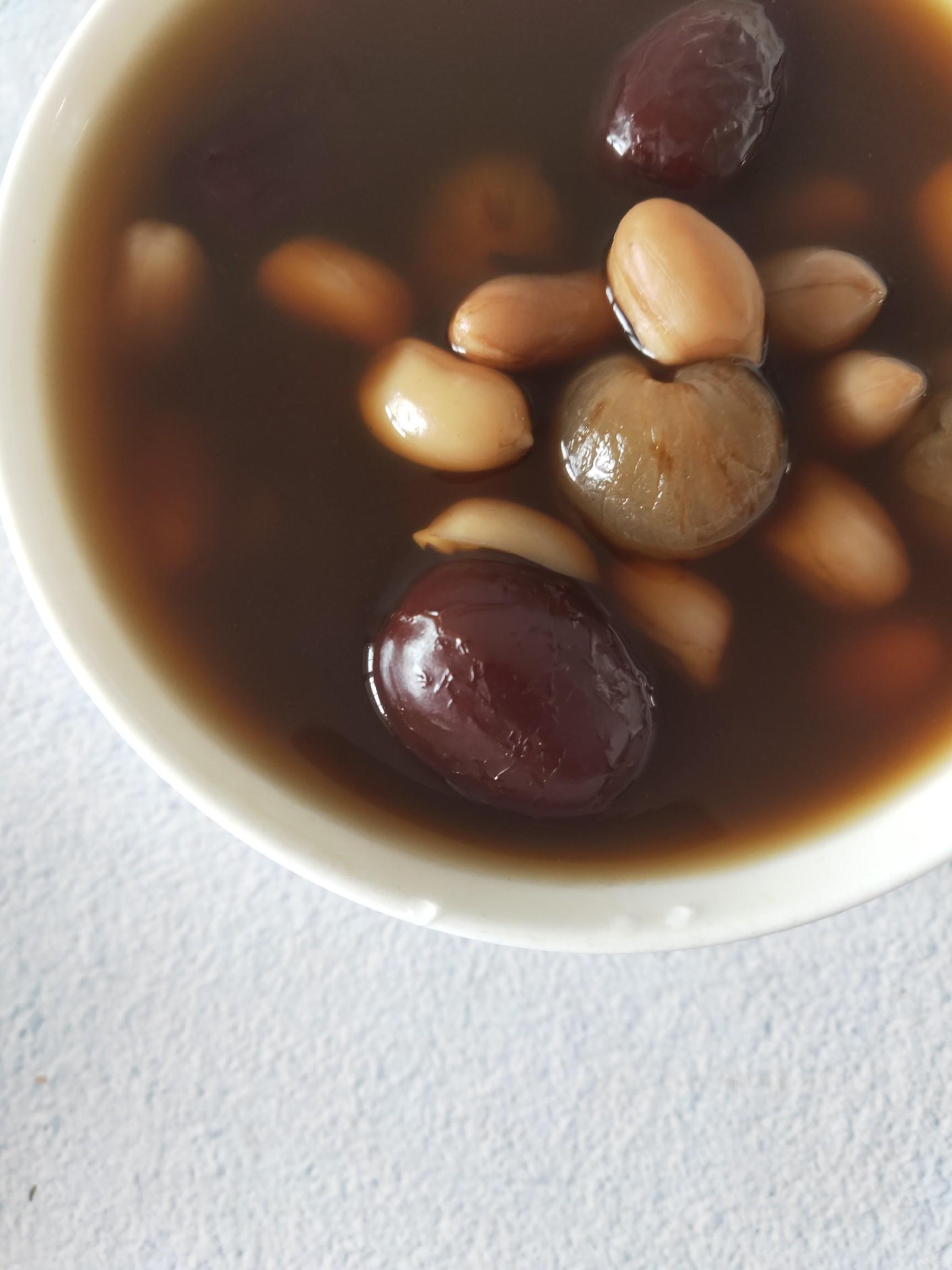 花生红枣汤成品图