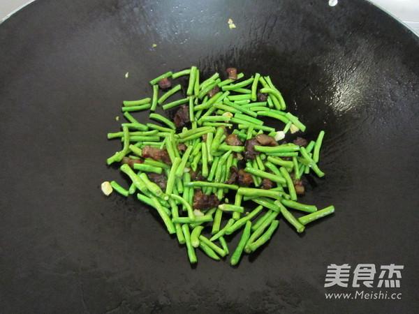 豇豆炒腊肉怎么吃