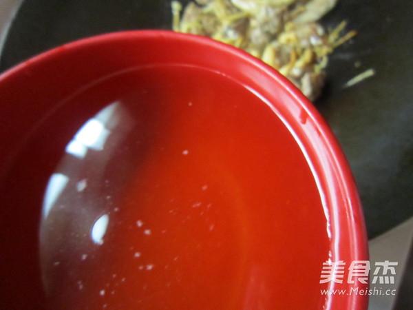 黄花菜焖鸭块怎么炒