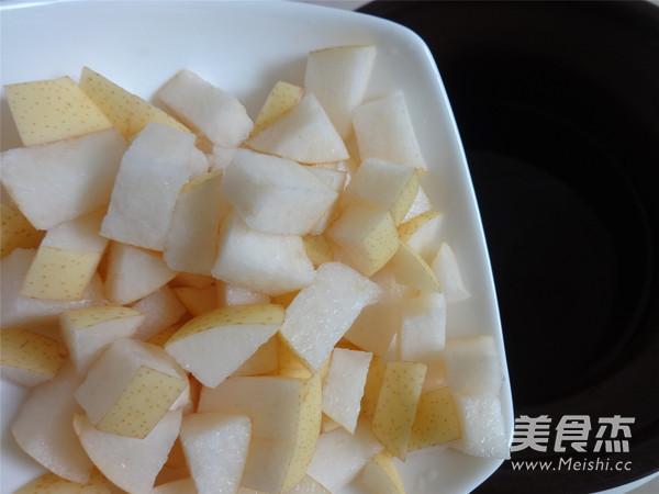 苏泊尔·中华炽陶雪梨银耳糖水的简单做法