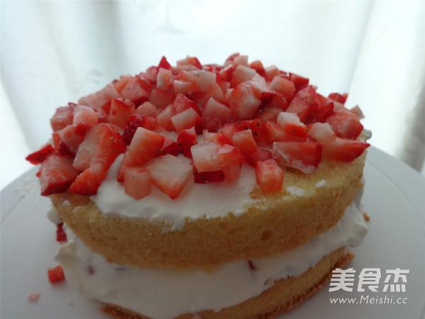 草莓奶油蛋糕怎么煮