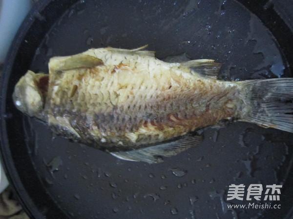 香菇豆腐鲫鱼汤怎么吃