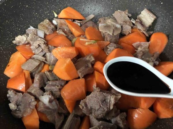 羊排炖胡萝卜怎么吃