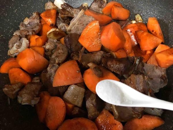 羊排炖胡萝卜怎么炒