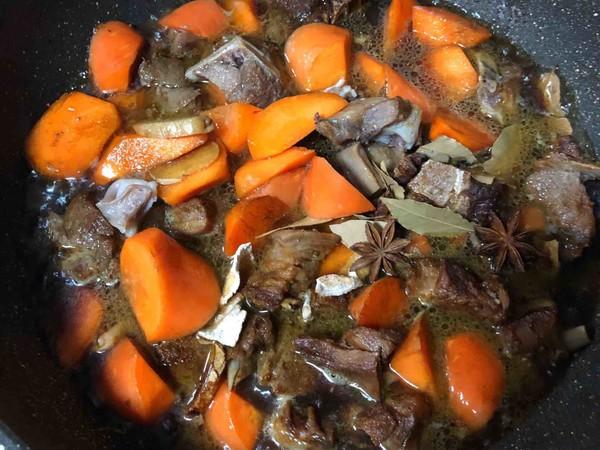 羊排炖胡萝卜怎么煮