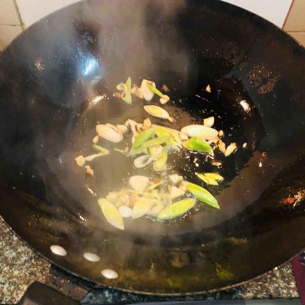 香干回锅肉的简单做法