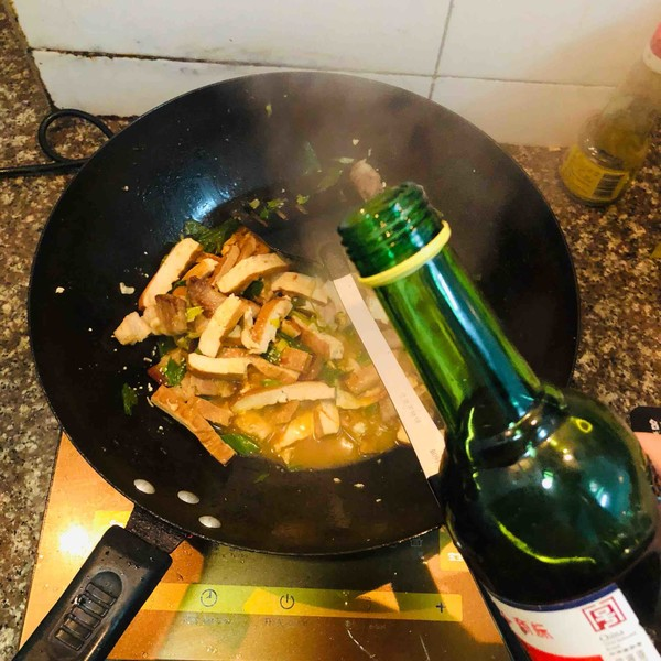 香干回锅肉怎么炒