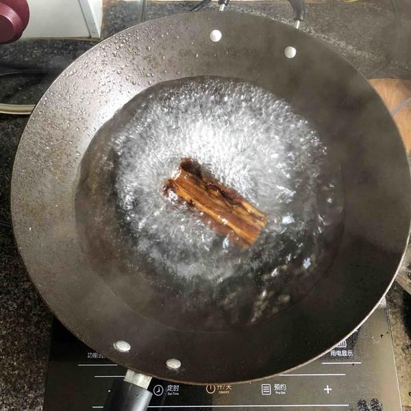 腊肉茶树菇的做法图解