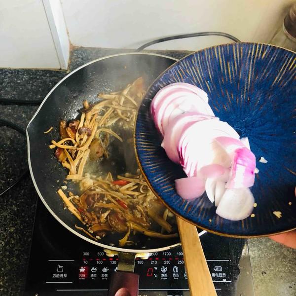 腊肉茶树菇怎么煮