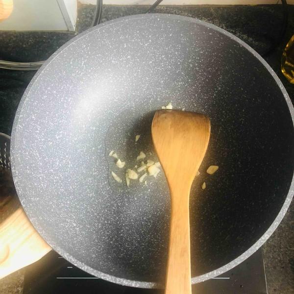 芹菜炒香干的家常做法