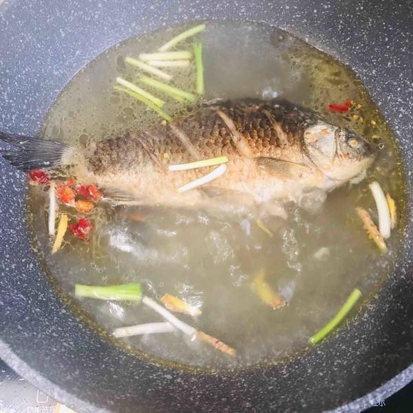 鲫鱼豆腐汤怎么炒