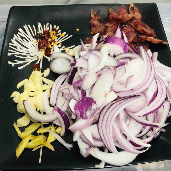 干锅海鲜菇的简单做法