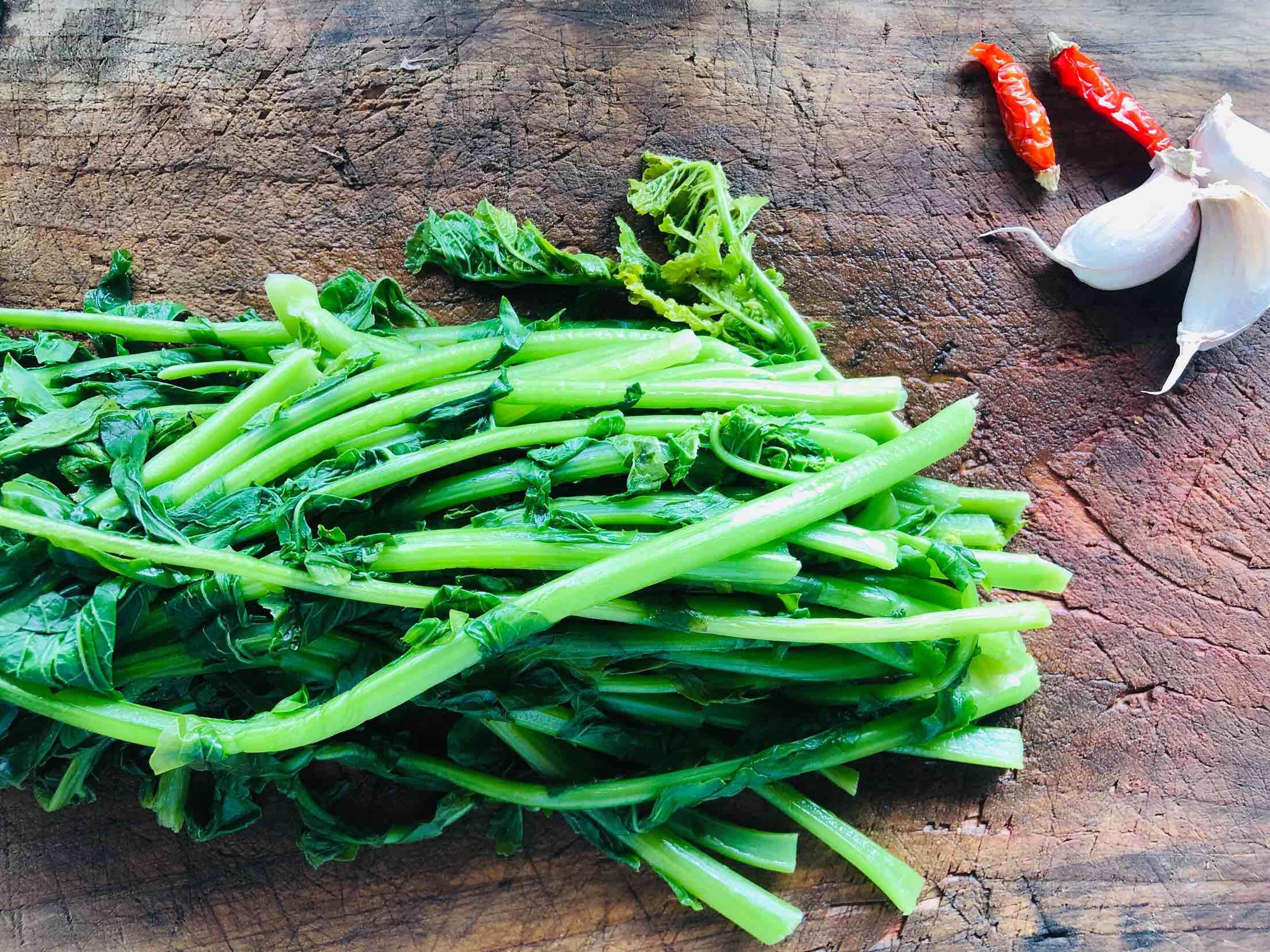 乡食之凉拌萝卜叶怎么做