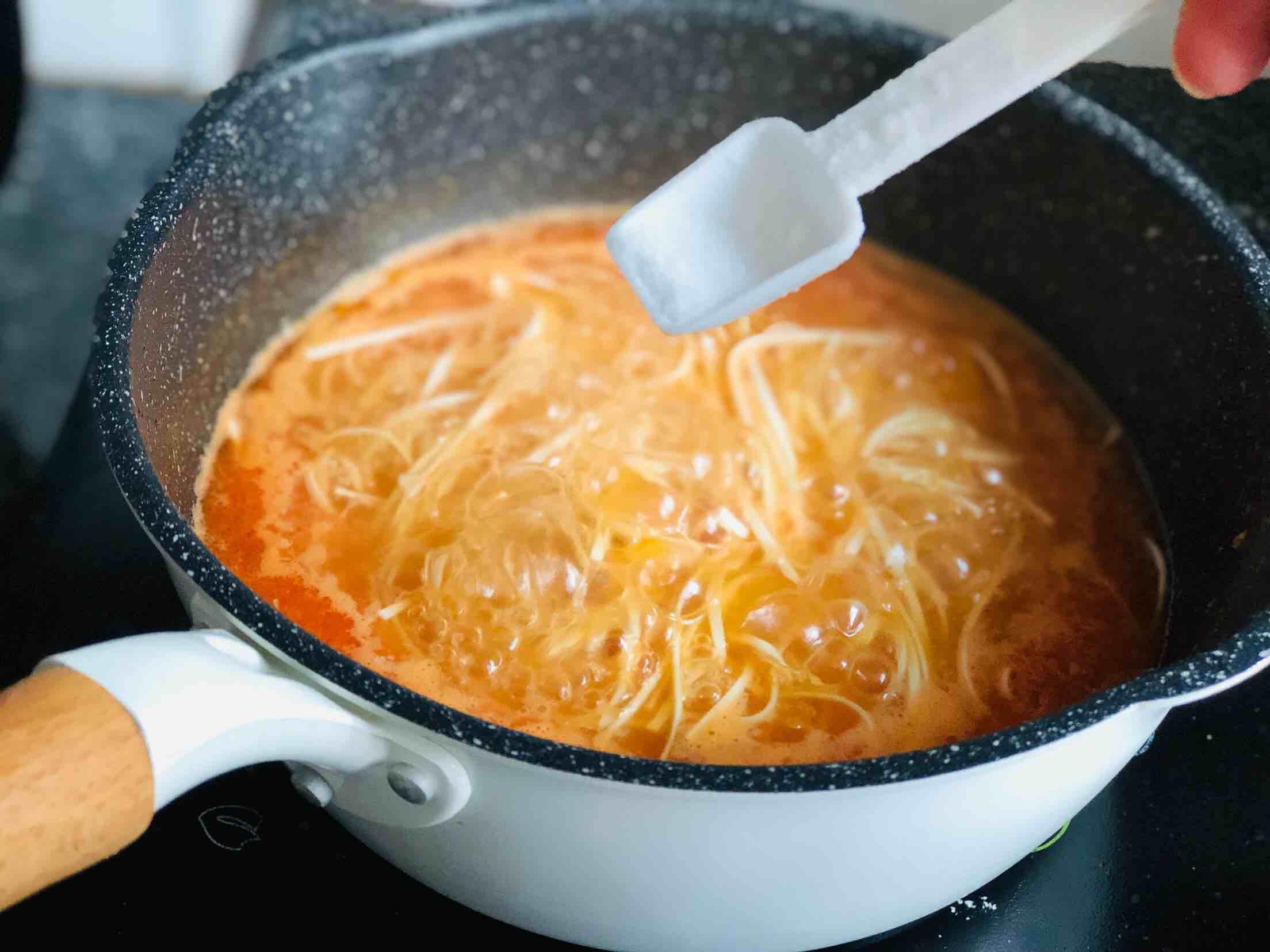 酸辣西红柿鸡蛋面怎么煮