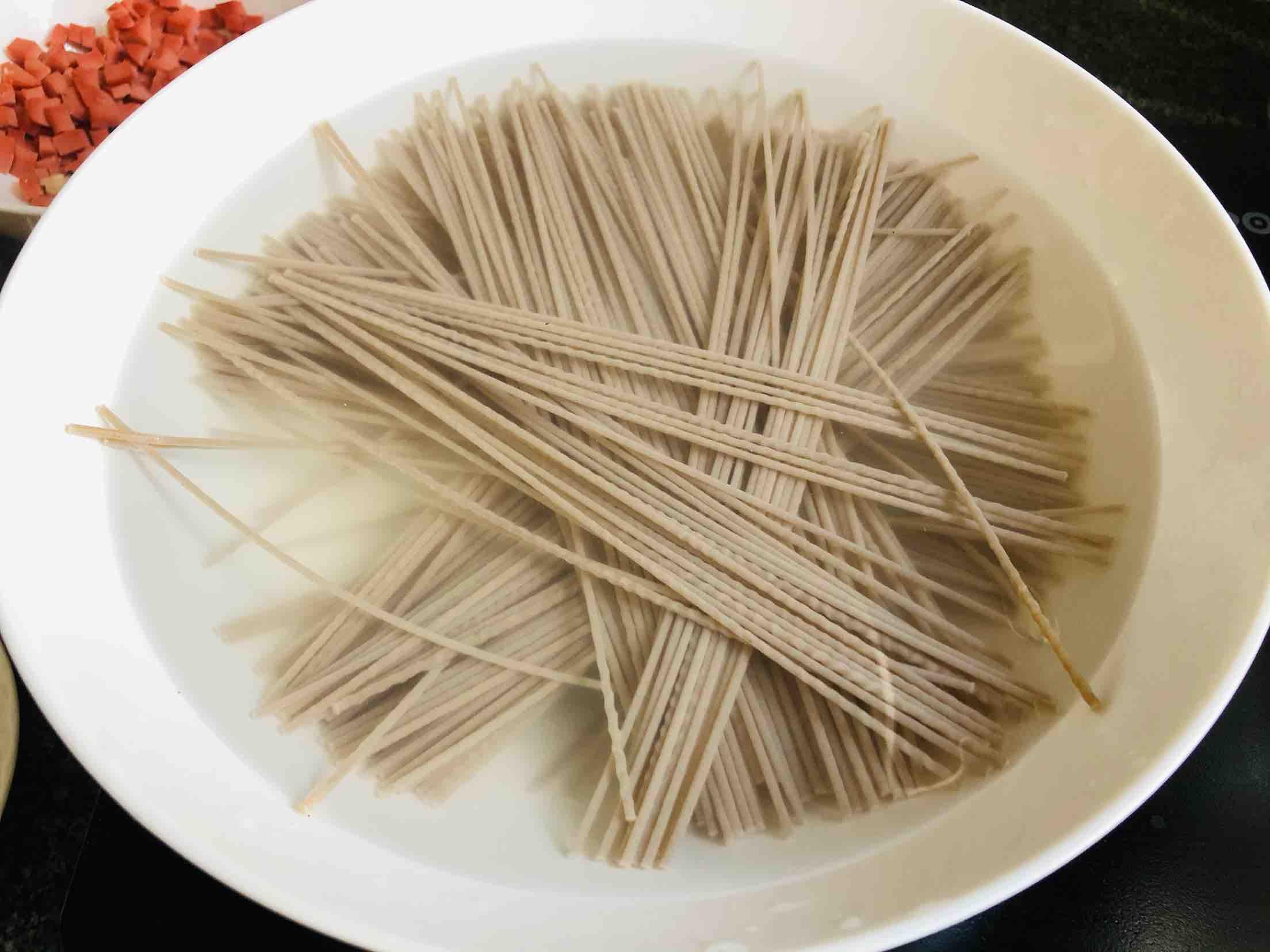 素炒荞麦面的步骤