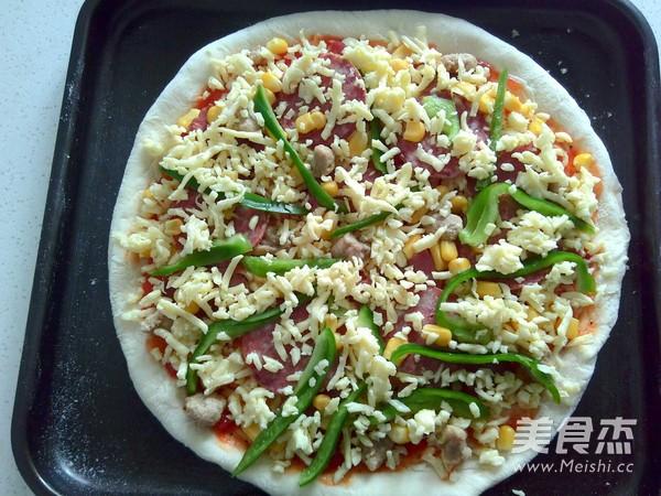 薄底至尊比萨怎么吃