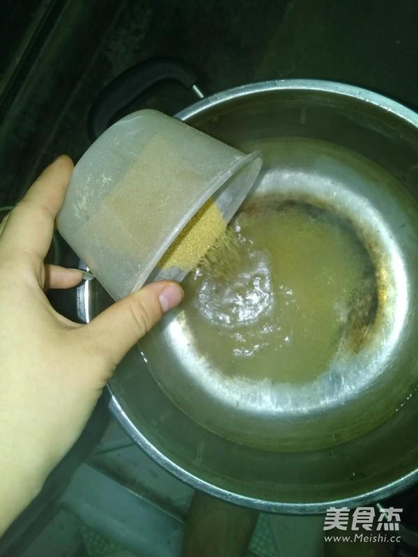 纯山西红谷子小米粥的步骤