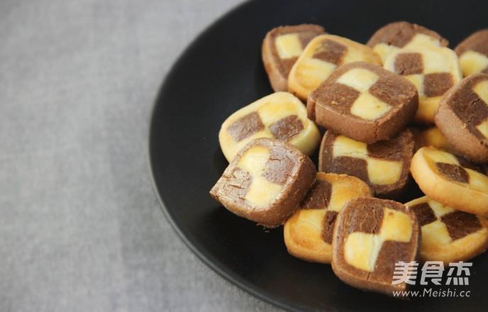 妙搭烘焙   食谱   时尚又百搭的美味双色棋格小饼干怎样炒