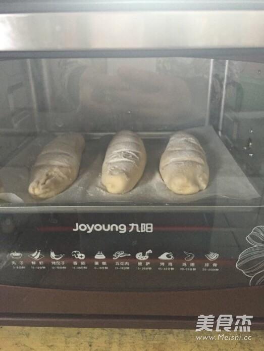 麦香味浓郁的法棍面包怎么煸