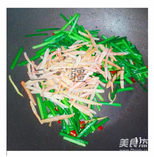 韭菜苔炒蟹腿肉怎样煸
