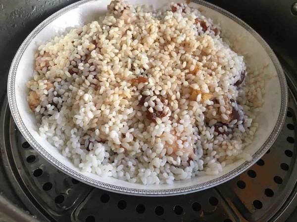 糯米蒸排骨怎么吃