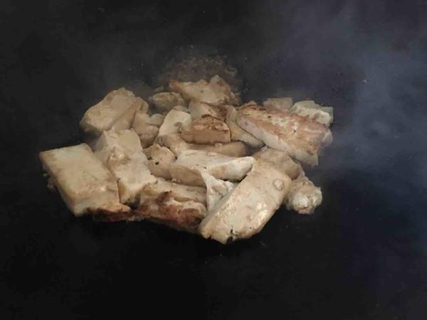芹菜叶烧豆腐的家常做法