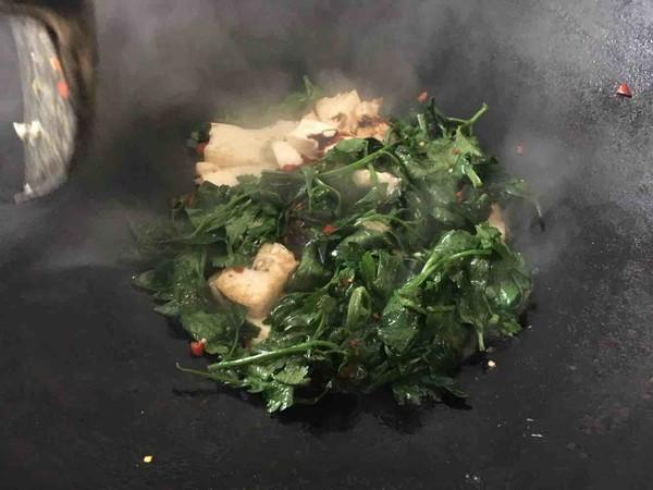 芹菜叶烧豆腐怎么吃
